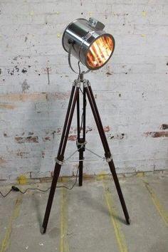 Tripod Lamp-Signal Light-Floor Lamp-Wooden Base-Black-Brown-2