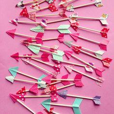Arrows!! ❤️❤️ washi + toothpicks #washi #valentinesideas #valentines #papercraft #diy #hechoamano #flechas #sanvalentin #manualidades #pocketletter #cupido #penpals #happymail #embellishments