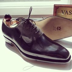 Side angle of the Vass U last. I Ascot Shoes is a British based shop specialising in hand made Vass Shoes. Email Sammy for advice on Sizing, Fitting & Made To Order Prices. Ascotshoes@outlook.com :envelope_with_downards_