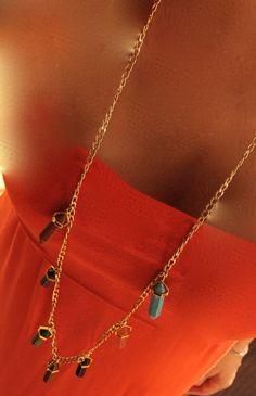 Collar largo, cadena dorada / 7 cuarzos.