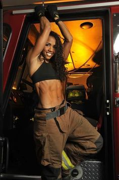 Female Fitness and Bodybuilding Beauties: IFBB Pro Erica Blockman Fit Black Women, Fit Women, Badass Women, Real Women, Fitness Models, Female Fitness, Fitness Women, Woman Fitness, Estilo Tomboy