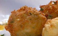 Salt Cod Croquettes recipe from Emeril Lagasse via Food Network Food Network Uk, Food Network Recipes, Cooking Recipes, Cajun Cooking, Turkey Recipes, Chicken Recipes, Chicken Meals, Recipe Chicken, Portuguese Recipes