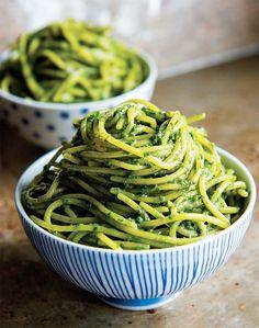 3-Step Kale Pesto Pasta - The Honest Company Blog