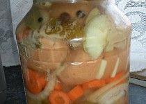 Žižkovští utopenci Pickles, Cucumber, Mason Jars, Pudding, Canning, Vegetables, Desserts, Food, Tailgate Desserts