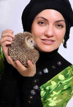 Mahnaz Afshar (actress) Iranian Actors, Iranian Women, Iran Girls, Just Smile, Beauty Full, Celebs, Celebrities, Beautiful People, Pearl Earrings