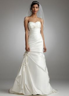 David's Bridal Wedding Dress: Petite Satin Fit and Flare Gown with Bow Detail Style 7V3204