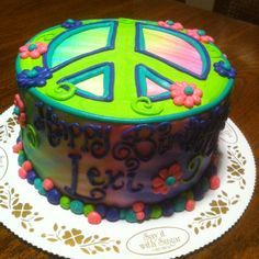 Peace cake from Say it with Sugar - one of my fav shops!  LOVE the strawberry cupcake!