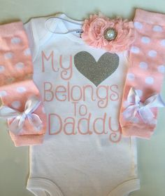 Baby Girl outfit -Coming home outfit - Newborn baby clothes - My heart Belongs to Daddy -Newborn photo prop outfit- Preemie outfit-