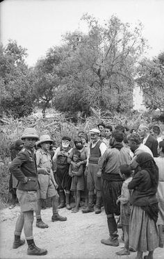 Kondomari massacre, Crete 1941 - pin by Paolo Marzioli Victory In Europe Day, Invasion Of Poland, Paratrooper, German Army, Local History, Greece Travel, Eastern Europe, Crete, World War Two