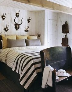 56 Wonderful and Sexy Masculine Bedroom Design Ideas : 56 Amazing Masculine Bedroom Design With White Black Bed Pillow Blanket And Wooden Wall Beams