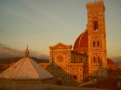 Sunset on Florence. Rent your apartment in Florence Italy