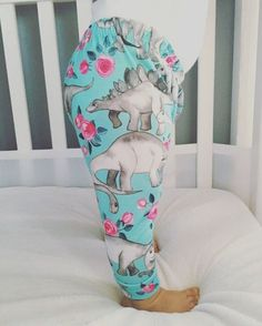 Dinosaurs & Flowers Leggings for the girl Dino lovers!!!!! By now you all must've started noticing, I have baby girl fever