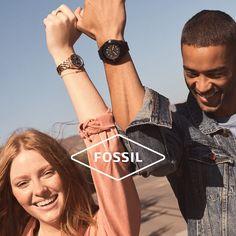 Το βαθύ σκοτάδι έρχεται λίγο πριν επιστρέψει το φως. Το μόνο που έχουμε να κάνουμε είναι υπομονή, ο χρόνος είναι μαζί μας. #μένουμεσπίτι #fossil #ρολόγια #ρολόι #horologium Fossil Watches, Fitbit, Shopping, Fashion, Moda, Fashion Styles, Fashion Illustrations