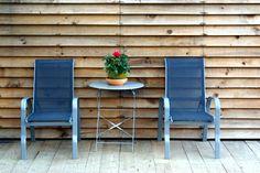 A Cabana de Carmen - #TurismoRural - #costadamorte #Galicia Outdoor Chairs, Outdoor Furniture Sets, Outdoor Decor, Cabana, Home Decor, Decoration Home, Room Decor, Garden Chairs, Cabanas
