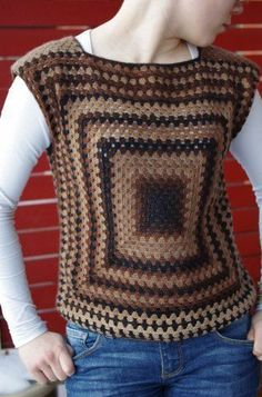 Transcendent Crochet a Solid Granny Square Ideas. Inconceivable Crochet a Solid Granny Square Ideas. Diy Crochet And Knitting, Crochet Tunic, Crochet Woman, Crochet Clothes, Hand Crochet, Crochet Top, Crochet Stitch, Crochet Vests, Granny Square Poncho