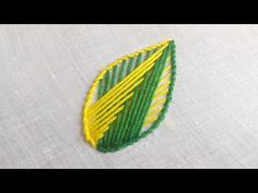 Hand Embroidery Patterns Flowers, Embroidery Stitches Tutorial, Paper Embroidery, Hand Embroidery Designs, Knitting Stitches, Embroidery Ideas, Cross Stitch Thread, Stitch Pictures, Brazilian Embroidery