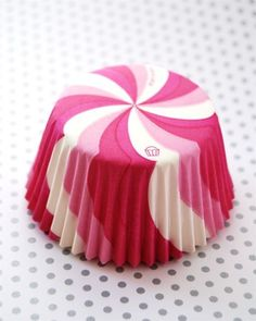 Best shop for cupcake liners and cupcake decor!