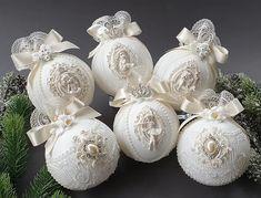 Shabby Chic Christmas Ornaments, Christmas Bulbs, Christmas Decorations, Xmas, Holiday Decor, Balls, Elegant, Diy, Crafts