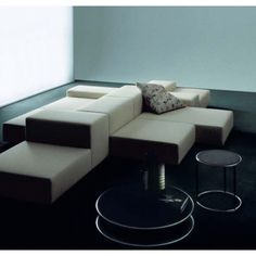 EXTRAWALL MODULAR SOFA — West | Out East