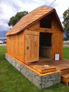This is a medieval house... camper trailer! The front porch hides the trailer tongue. There is also storage under the seats/beds inside, as well as space underneath for items you don't need except for while traveling.
