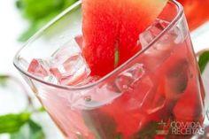 Receita de Ponche de melancia em receitas de bebidas e sucos, veja essa e outras receitas aqui!