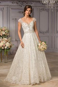 Wedding Gowns | High End Wedding Dress