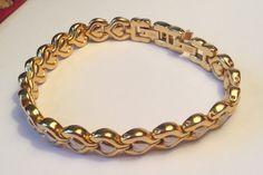 Vintage 1980s Two tone metal heart chain bracelet girlfriend Valentine gift bracelet by AliceAndBettyDesigns on Etsy