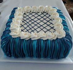Basic Cake Decorating Ideas And Tips Creative Cake Decorating, Cake Decorating Techniques, Creative Cakes, Decorating Ideas, Flat Cakes, Fancy Cakes, Cake Piping, Buttercream Cake, Sheet Cake Designs