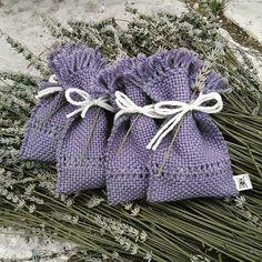 Sacchetti lavanda lilla tessuti al telaio in lana e alpaca