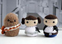 Star Wars trio by geekyhooker Star Wars Crochet, Crochet Stars, Cute Crochet, Crochet Crafts, Crochet Dolls, Yarn Crafts, Crochet Baby, Crochet Projects, Knit Crochet