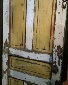 Vintage chippy door! #restylechicago #reluxvintage #resaleshop #resale #chippy #distressed https://www.instagram.com/p/BVncPRclolW/#utm_sguid=126328,16d9ebb0-6374-c8dc-186c-23bc0612dd27