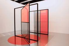 Larevuedudesign-micro-architecture-design-studio-Dessuant-Bone-installation-Allaert-Aluminium-perpetual-motion-03.jpg (500×334)