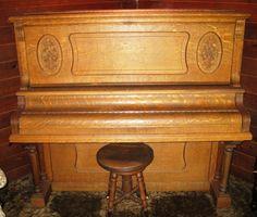 Antique Piano, Ludwig 1906, oak