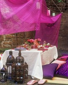 gorgeous intimate dining, morrocan style.