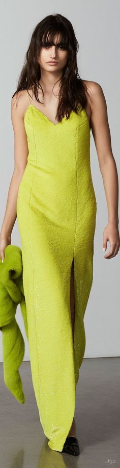 Fashion 2018, High Fashion, Womens Fashion, Fashion Brands, Chartreuse Color, Girlie Style, Couture, Mellow Yellow, Fall Looks