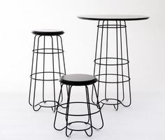 hoop table by luxxbox