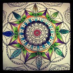 Work in Progress w my #chameleonpens @elweedo #arttherapy #colors #watercolorbrush #coloringbook #watercolorpens #colouring #colouringbook #bestgift #bbf