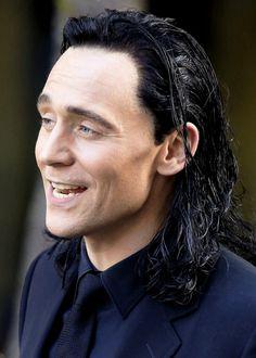 Tom Hiddleston on set in Brisbane, Australia.