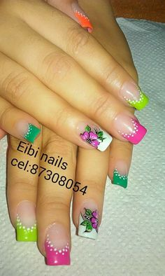 Floral colored French tips mani New Nail Art, Cute Nail Art, Cute Nails, Pretty Nails, Diy Nail Designs, Nail Polish Designs, Spring Nail Art, Flower Nail Art, Fabulous Nails