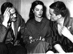 1961. Romy Schneider, Luchino Visconti and Alain Delon. Paris, Francia (AP Photo/Str)