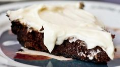 Super cute brownie made in an Oreo pie crust and topped with cream cheese frosting.  Sounds good to me!