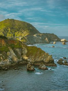 Travel Great if you're interested in taking your first solo female travel adventure. and hacks plus great travel photography! Travel Pictures, Travel Photos, California Wallpaper, Rocky Creek, Family Travel, Girl Travel, Usa Travel, Solo Travel, Big Sur