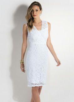 Vestido Branco em Renda com Decote Transpassado - Posthaus