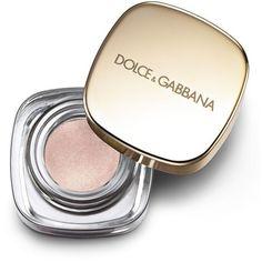 Dolce & Gabbana Essence of Holidays Collection The Illuminator Shimmer... ($37) ❤ liked on Polyvore featuring beauty products, makeup, face makeup, face powder, beauty, filler, apparel & accessories and multicolored