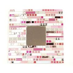 KIT - Aztec Pink Mirror - Lonneke has been hard at work to create our new mosaic kits that are an excellent introduction in mixing materials and in thinking outside the box while creating a mosaic design. Some experience and skill in cutting is required but in general this kit is within the reach of beginners with the help of a pair of wheeled nippers.  #mosaic