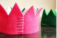 diy felt crown a. Diy For Kids, Crafts For Kids, Arts And Crafts, Summer Crafts, Sewing Crafts, Diy Crafts, Party Crafts, Felt Crafts Patterns, Diy Y Manualidades