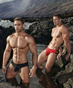 Hot Gay Muscle Studs