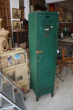 Wood Locker    Shelves inside