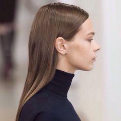 . More 2015 Details, Salons Style, Beauty Hairstyles, Sander Spring, Jil Sander, Hair Style, Spring 2015, Milan Spring, Minimal Chic Jil Sander at Milan Spring 2015 (Details) Jil Sander, Spring 2015