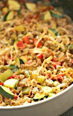 ground turkey tacos Ground Turkey Mexican Vegetable Skillet Six Sisters' Stuff Vegetable Recipes, Beef Recipes, Mexican Food Recipes, Healthy Recipes, Healthy Meals, Skillet Recipes, Healthy Suppers, Skillet Cooking, Casserole Recipes